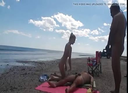 Amateur Wife Takes Another Man's Dick On Public Beach